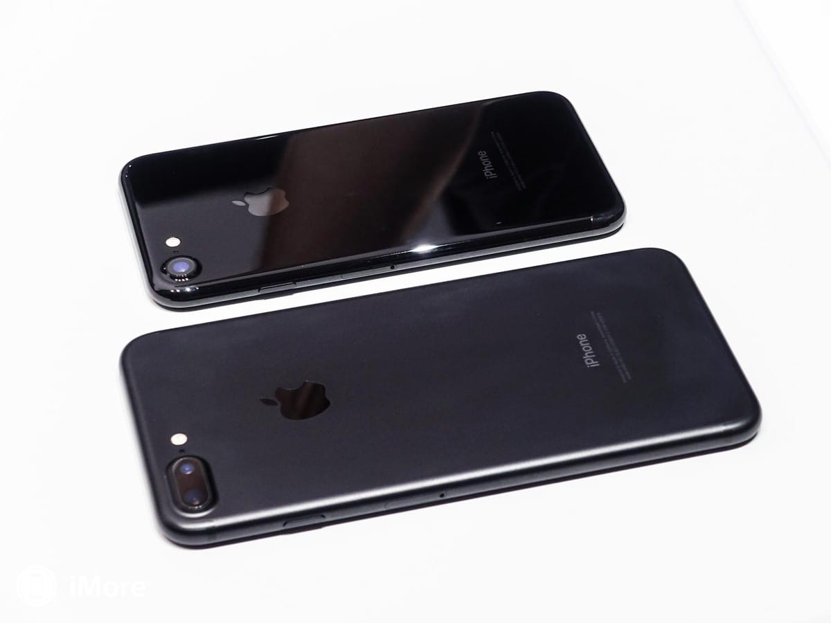 iphone 7 colors jet black. iphone 7 jet black vs iphone colors